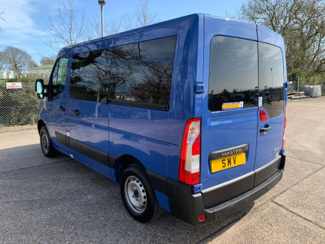 Renault Master 2017 SL28 BUSINESS DCI P/V QUICKSHIFT wheelchair accessible vehicle WAV 28