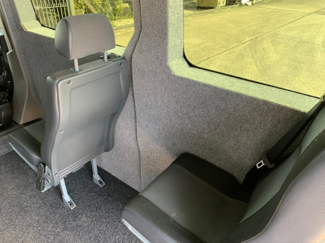 Renault Master 2017 SL28 BUSINESS DCI P/V QUICKSHIFT wheelchair accessible vehicle WAV 16