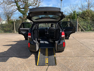 Kia Sorento 2014 CRDI KX-2 SAT NAV wheelchair & scooter accessible vehicle WAV 32