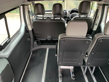 Renault Trafic 2016 LH29 BUSINESS ENERGY DCI H/R P/V wheelchair accessible vehicle WAV 14