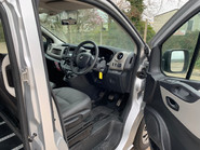 Renault Trafic 2016 LH29 BUSINESS ENERGY DCI H/R P/V wheelchair accessible vehicle WAV 18