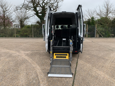 Renault Trafic 2016 LH29 BUSINESS ENERGY DCI H/R P/V wheelchair accessible vehicle WAV 31