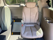 Kia Sedona 2011 3 CRDI Wheelchair and Scooter Accessible Vehicle WAV 16
