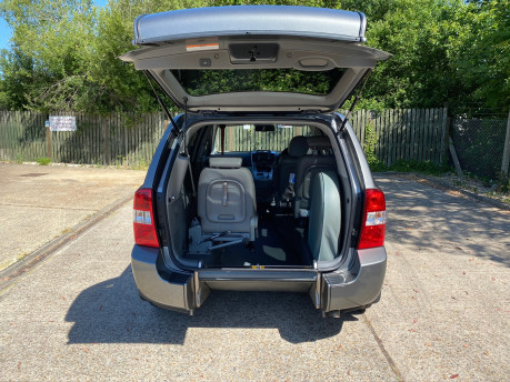 Kia Sedona 2011 3 CRDI Wheelchair and Scooter Accessible Vehicle WAV 5