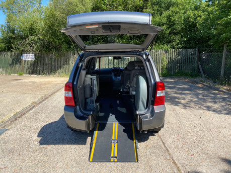 Kia Sedona 2011 3 CRDI Wheelchair and Scooter Accessible Vehicle WAV 7
