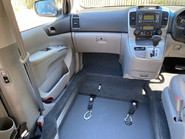 Kia Sedona 2011 3 CRDI Wheelchair and Scooter Accessible Vehicle WAV 14