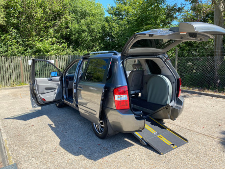 Kia Sedona 2011 3 CRDI Wheelchair and Scooter Accessible Vehicle WAV 8