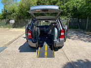 Kia Sedona 2011 3 CRDI Wheelchair and Scooter Accessible Vehicle WAV 9