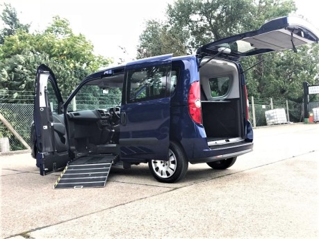 Fiat Doblo 2014 MULTIJET MYLIFE Wheelchair Accessible Vehicle WAV