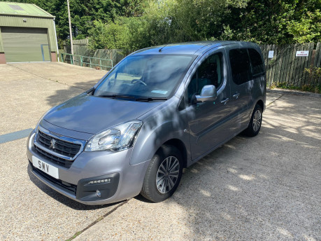 Peugeot Partner 2015 TEPEE ACTIVE wheelchair & scooter accessible vehicle WAV 14