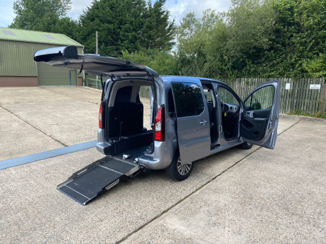 Peugeot Partner 2015 TEPEE ACTIVE wheelchair & scooter accessible vehicle WAV 25