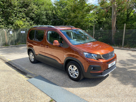 Peugeot Rifter 2019 BLUEHDI S/S ALLURE wheelchair & scooter accessible vehicle WAV 1
