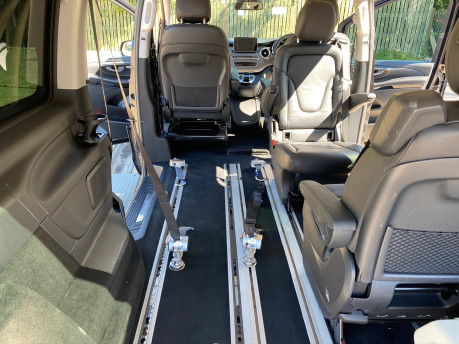 Mercedes-Benz V Class 2015 V220 BLUETEC SE wheelchair & scooter accessible vehicle WAV 14