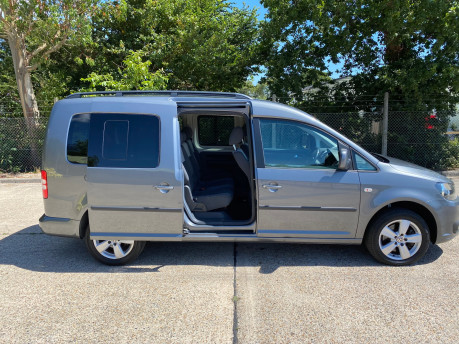 Volkswagen Caddy Maxi 2013 C20 LIFE TDI wheelchair & scooter accessible vehicle WAV 33