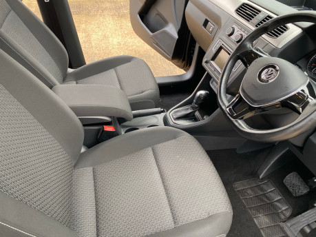 Volkswagen Caddy Maxi 2016 C20 LIFE TDI wheelchair & scooter accessible vehicle WAV 19