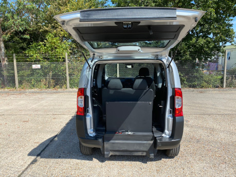 Fiat Qubo 2012 ACTIVE wheelchair & scooter accessible vehicle WAV 5