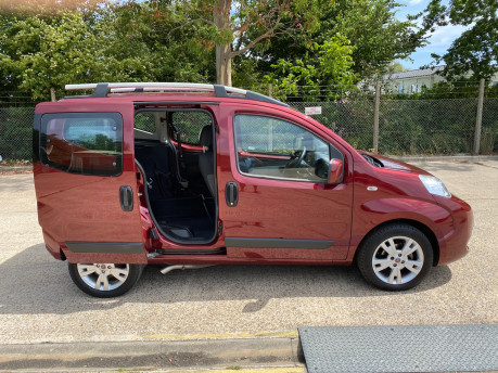 Fiat Qubo 2013 MULTIJET MYLIFE DUALOGIC wheelchair & scooter accessible vehicle WAV 27