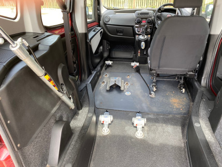 Fiat Qubo 2013 MULTIJET MYLIFE DUALOGIC wheelchair & scooter accessible vehicle WAV 6