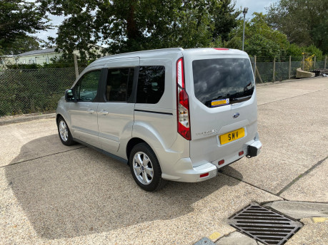 Ford Tourneo Connect 2017 TITANIUM TDCI Wheelchair & scooter accessible vehicle WAV 30