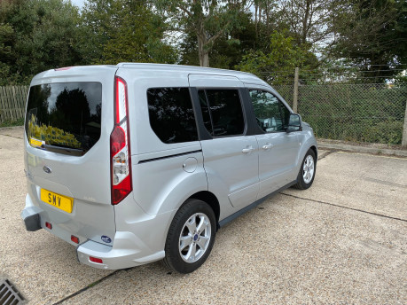 Ford Tourneo Connect 2017 TITANIUM TDCI Wheelchair & scooter accessible vehicle WAV 27