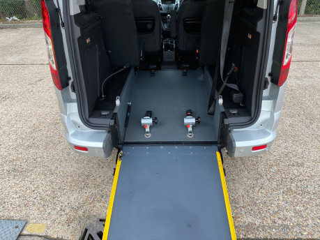 Ford Tourneo Connect 2017 TITANIUM TDCI Wheelchair & scooter accessible vehicle WAV 8