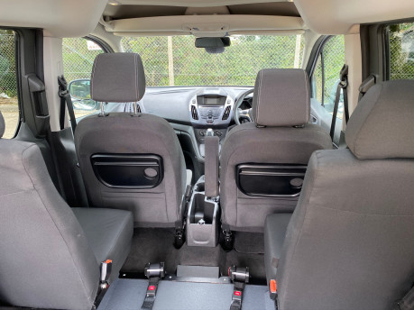 Ford Tourneo Connect 2017 TITANIUM TDCI Wheelchair & scooter accessible vehicle WAV 10