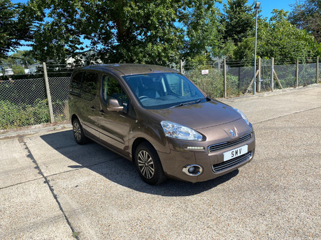 Peugeot Partner HDI TEPEE S wheelchair & scooter accessible vehicle WAV