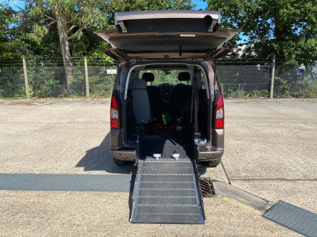 Peugeot Partner HDI TEPEE S wheelchair & scooter accessible vehicle WAV 8