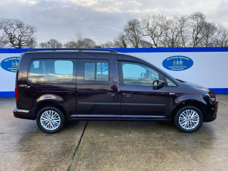 Volkswagen Caddy Maxi 2015 C20 LIFE TDI wheelchair & scooter accessible vehicle WAV 32