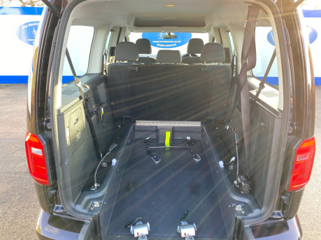Volkswagen Caddy Maxi 2015 C20 LIFE TDI wheelchair & scooter accessible vehicle WAV 13