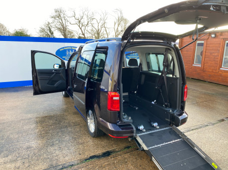Volkswagen Caddy Maxi 2015 C20 LIFE TDI wheelchair & scooter accessible vehicle WAV 28