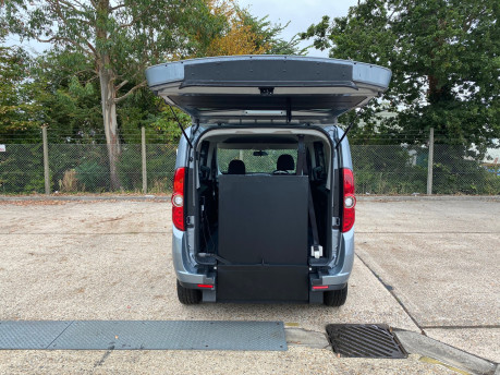 Fiat Doblo MYLIFE scooter & wheelchair accessible vehicle WAV 5