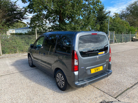 Peugeot Partner 2015 BLUE HDI TEPEE ACTIVE Wheelchair & Scooter accessible vehicle WAV 27