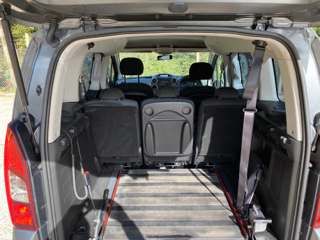 Peugeot Partner 2015 BLUE HDI TEPEE ACTIVE Wheelchair & Scooter accessible vehicle WAV 24