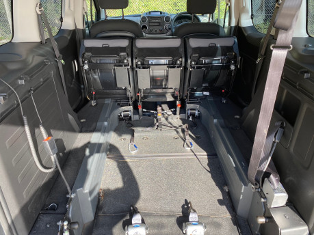 Peugeot Partner 2015 BLUE HDI TEPEE ACTIVE Wheelchair & Scooter accessible vehicle WAV 14