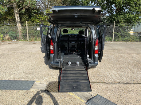 Peugeot Partner 2015 BLUE HDI TEPEE ACTIVE Wheelchair & Scooter accessible vehicle WAV 32