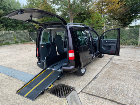 Volkswagen Caddy 2014 C20 LIFE TDI wheelchair & scooter accessible vehicle WAV 22