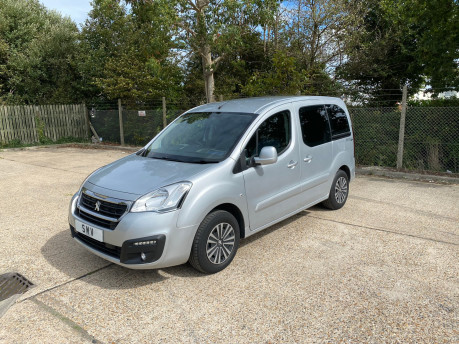 Peugeot Partner 2016 HORIZON RE / TEPEE ACTIVE wheelchair & scooter accessible vehicle WAV 3