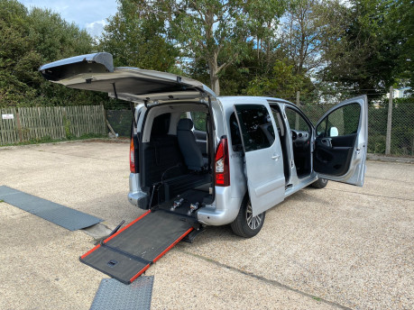 Peugeot Partner 2016 HORIZON RE / TEPEE ACTIVE wheelchair & scooter accessible vehicle WAV 22
