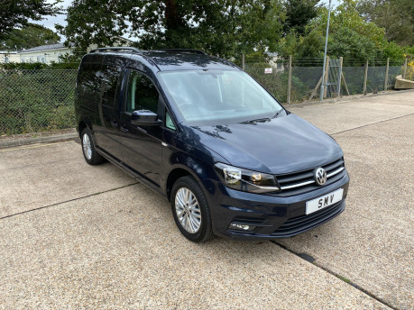Volkswagen Caddy Maxi C20 LIFE TDI wheelchair & scooter accessible vehicle WAV 3