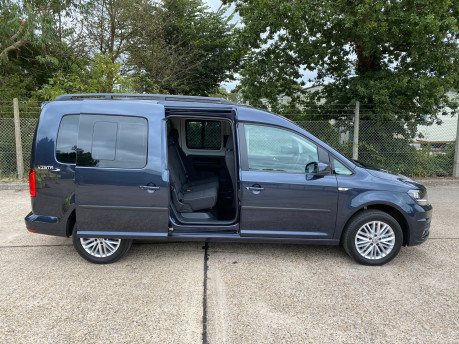 Volkswagen Caddy Maxi C20 LIFE TDI wheelchair & scooter accessible vehicle WAV 29