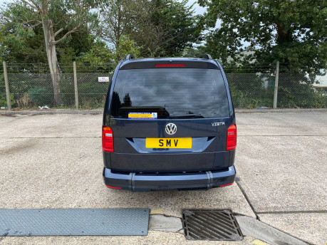 Volkswagen Caddy Maxi C20 LIFE TDI wheelchair & scooter accessible vehicle WAV 4