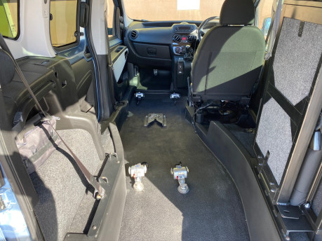 Fiat Qubo 2014 MYLIFE wheelchair & scooter accessible vehicle WAV 8