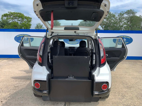 Kia Soul 2018 wheelchair & scooter accessible vehicle WAV 7