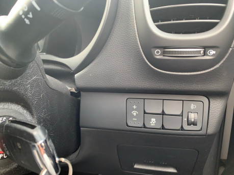 Kia Soul 2018 wheelchair & scooter accessible vehicle WAV 14