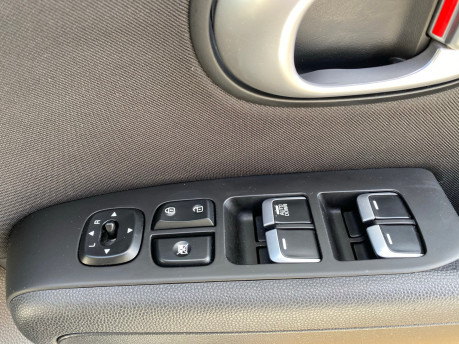 Kia Soul 2018 wheelchair & scooter accessible vehicle WAV 15