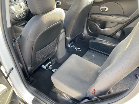 Kia Soul 2018 wheelchair & scooter accessible vehicle WAV 20