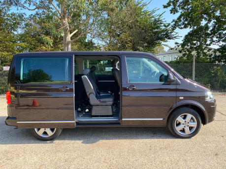 Volkswagen Caravelle EXECUTIVE TDI BLUEMOTION TECH wheelchair & scooter accessible vehicle WAV 36