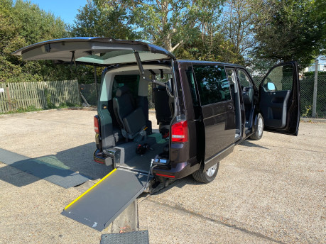 Volkswagen Caravelle EXECUTIVE TDI BLUEMOTION TECH wheelchair & scooter accessible vehicle WAV 34