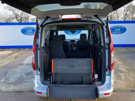 Ford Tourneo Connect 2016 TITANIUM TDCI wheelchair & scooter accessible vehicle WAV 6
